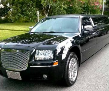 Chrysler 300 limo Greenbrier